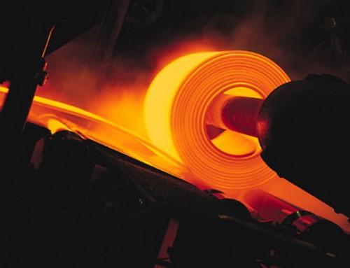 La desaceleración de la economía china disminuye el consumo de acero en el mundo